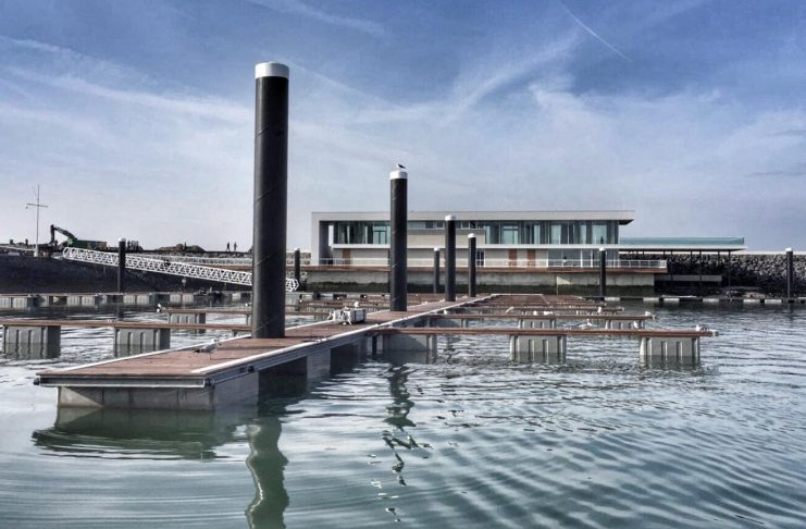 Harbour-Front-Ansicht: Air Republic in Cadzand-Bad