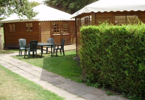 Camping Interntional Zelthütte für 4 Personen
