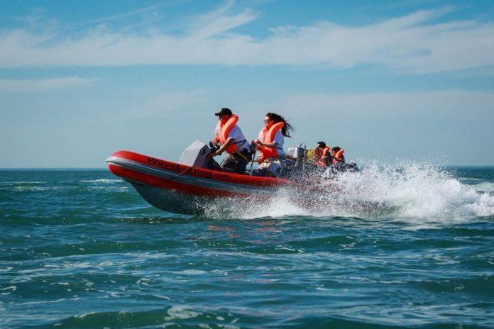 Wavekarting mit Knokke Boat
