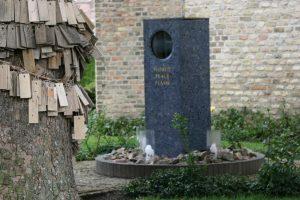 Wanderung zur Weltfriedensflamme in Cadzand-Dorf @ Cadzand-Hafen - Cadzand-Dorf