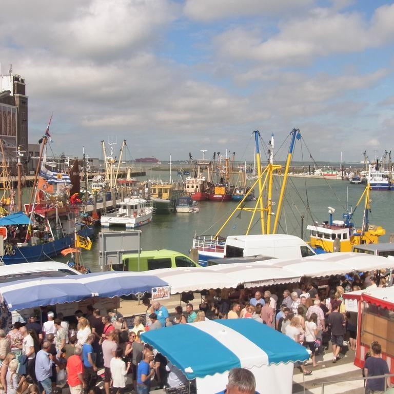 Fischereifest Breskens - Party, Fest und Kirmes am Hafen