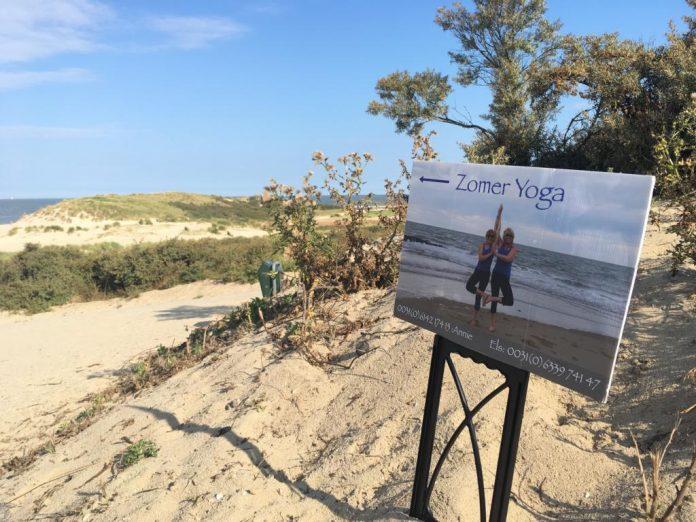 Sommer-Yoga am Strand von Cadzand-Bad, Nieuwvliet und Breskens