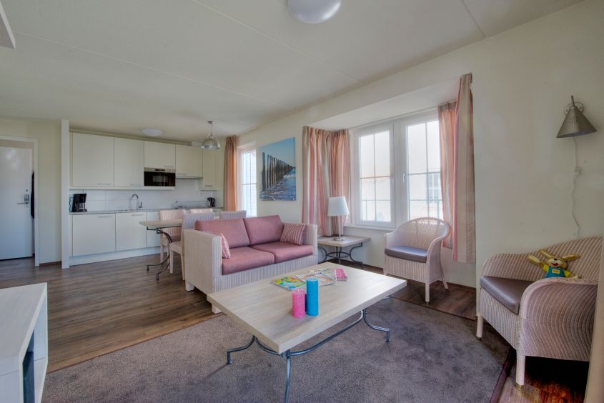 """Großzügiger Wohnraum x 3: XXL-Bungalow GB15 in der """"Noordzee Residence Cadzand-Bad"""""""