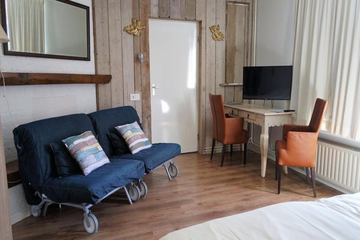 "Classic-Familienzimmer im Hotel ""de Hemelse Vrede"" Cadzand"
