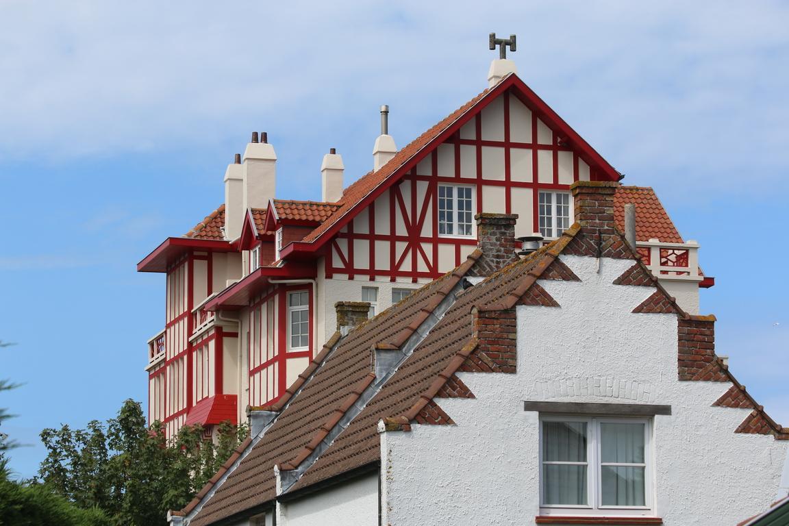 Villa in De Haan
