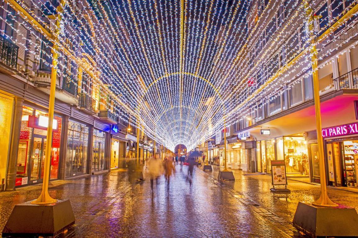 Lichtertunnel in Oostende