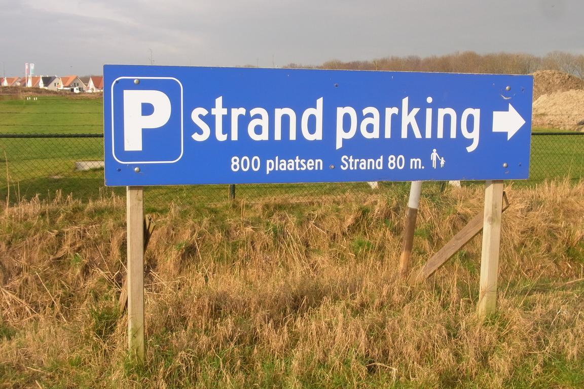 Parken am Strand in Cadzand-Bad