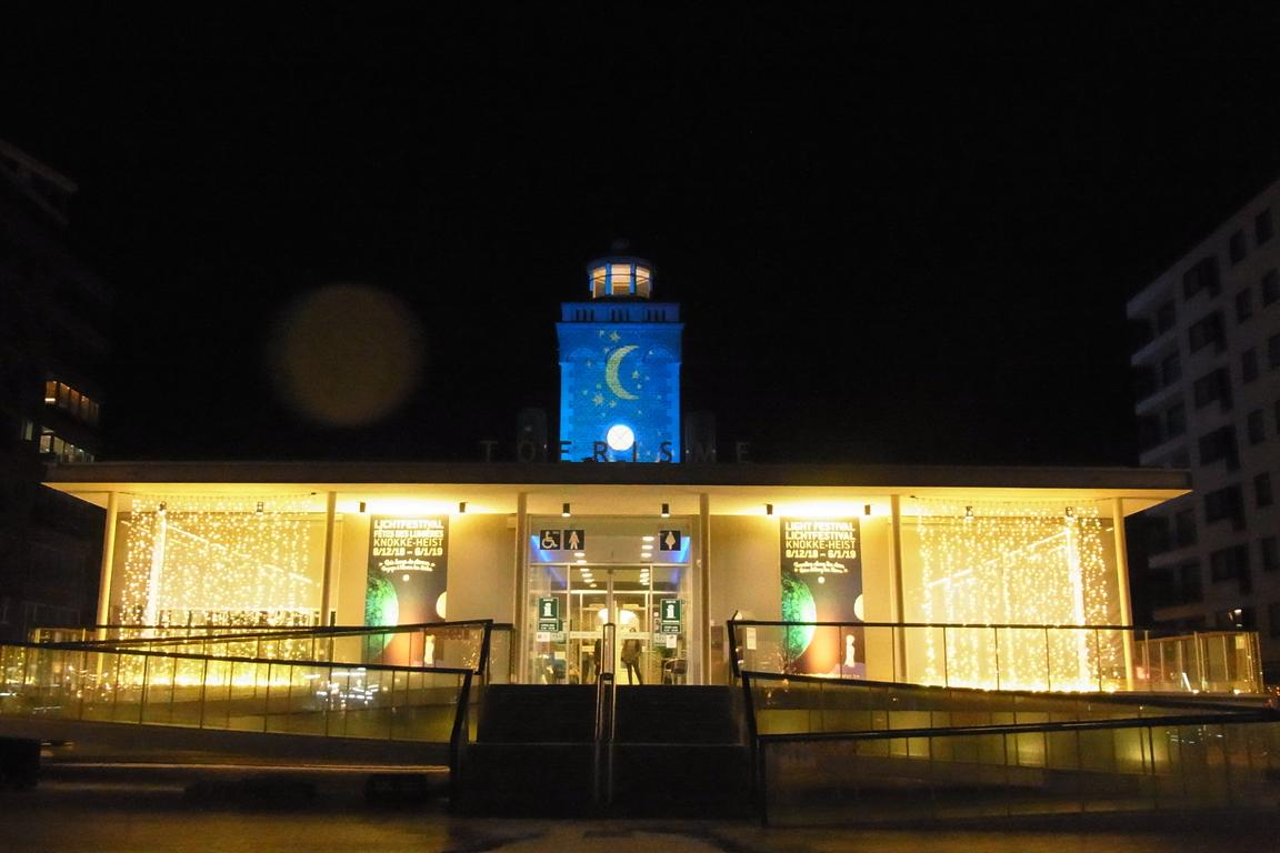 Knokke-Heist: Adventliches Touristbüro
