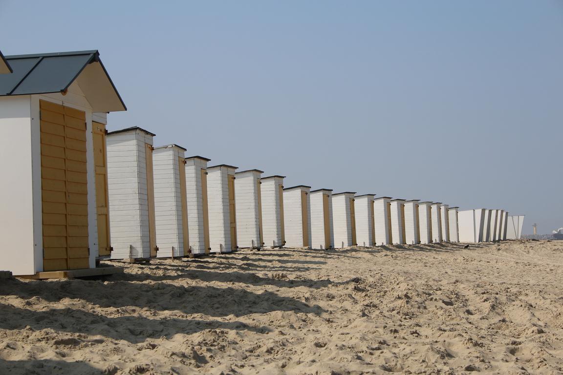 Cadzand-Bad: Strandkabinen von Caricole