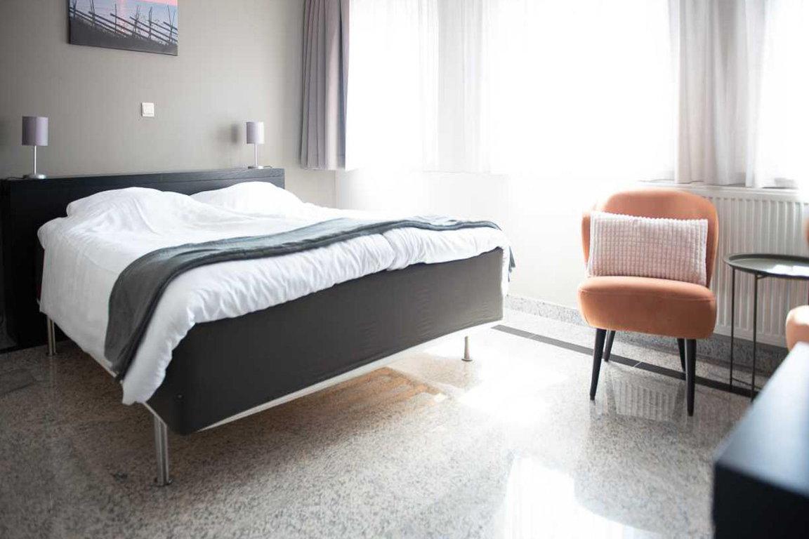 """Nieuwvliet-Dorf: Hotel """"Maurice"""""""